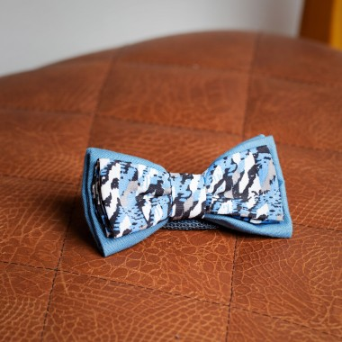 Light blue camo bow tie - product image