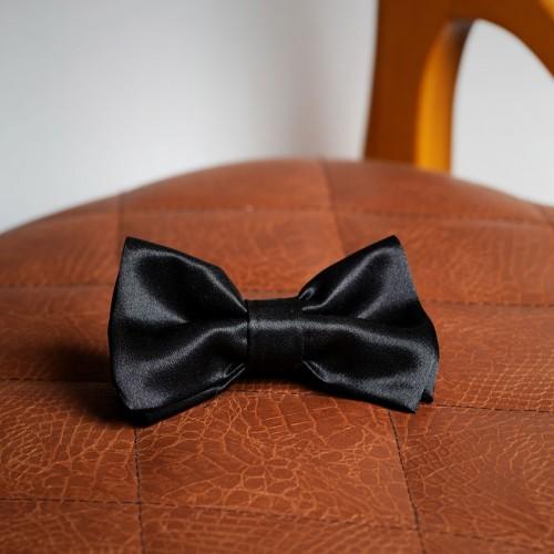 Black satin bow tie - product image