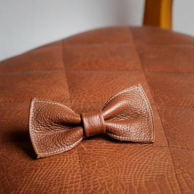 Leather bow tie - product image