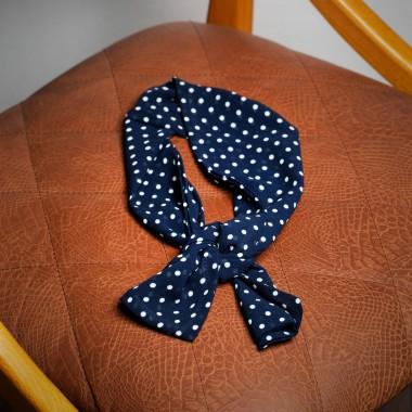 Σκούρο μπλε πουά φουλάρι - product image