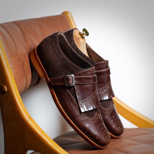 Brown leather fringed  shoes - product image