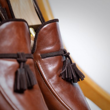 Brown leather shoes with tassels - product image