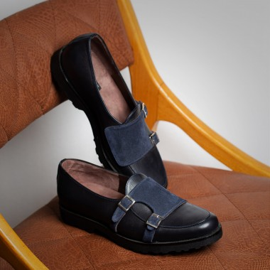 Black leather loafer with buckles with blue suede - product image