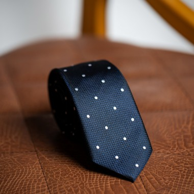 Σκούρη μπλε γραβάτα με λευκό πουά - product image